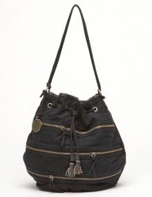 se na několik vybraných fotek, na kterých jsou kabelky Roxy ...